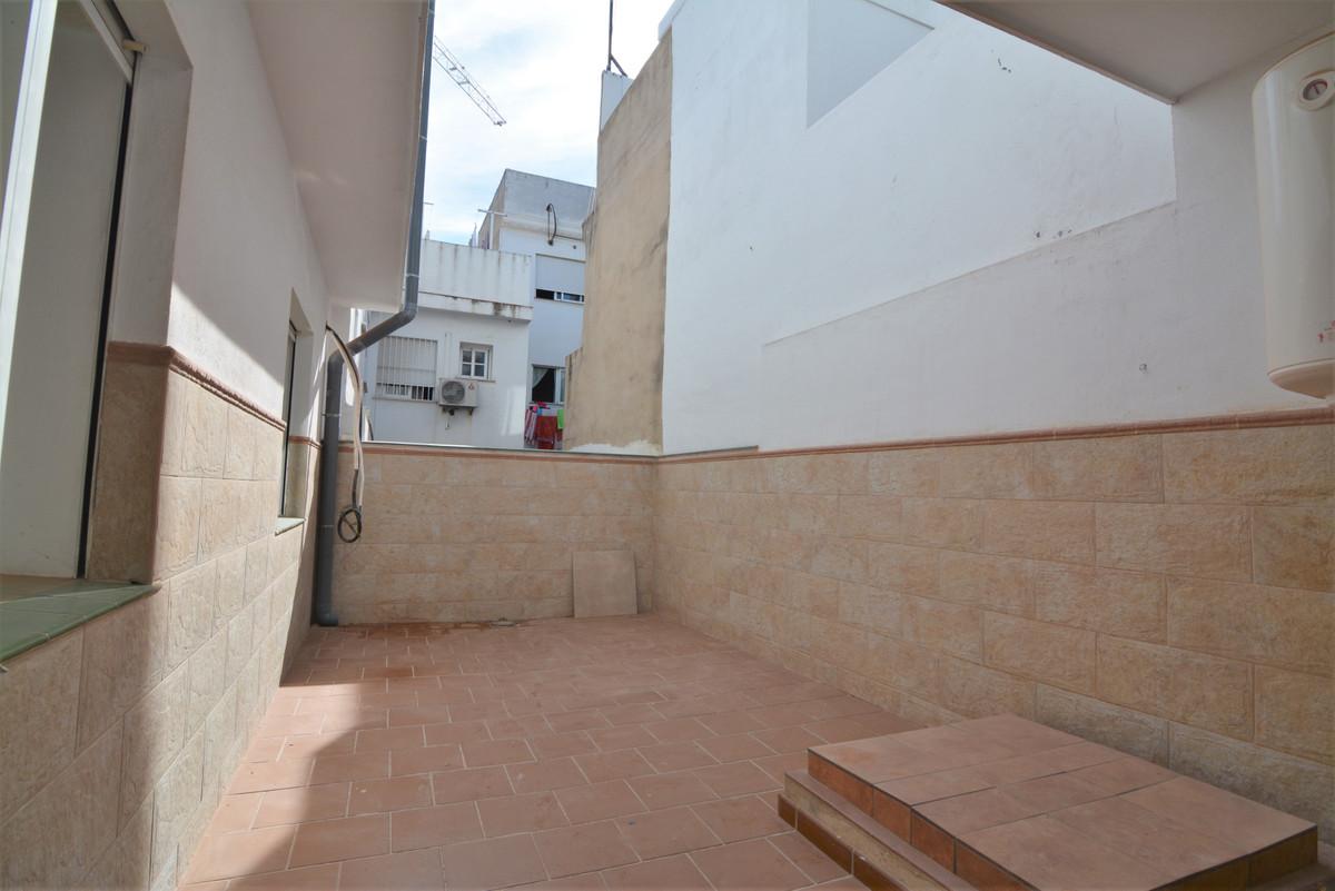 Apartment Middle Floor Las Lagunas Málaga Costa del Sol R3536620 10
