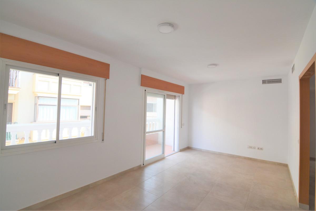 Apartment Middle Floor Las Lagunas Málaga Costa del Sol R3536620 3