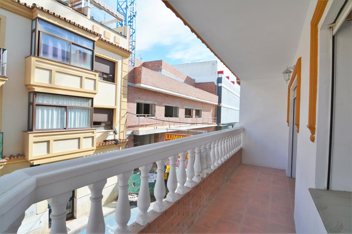 Apartment Middle Floor Las Lagunas Málaga Costa del Sol R3536620 5