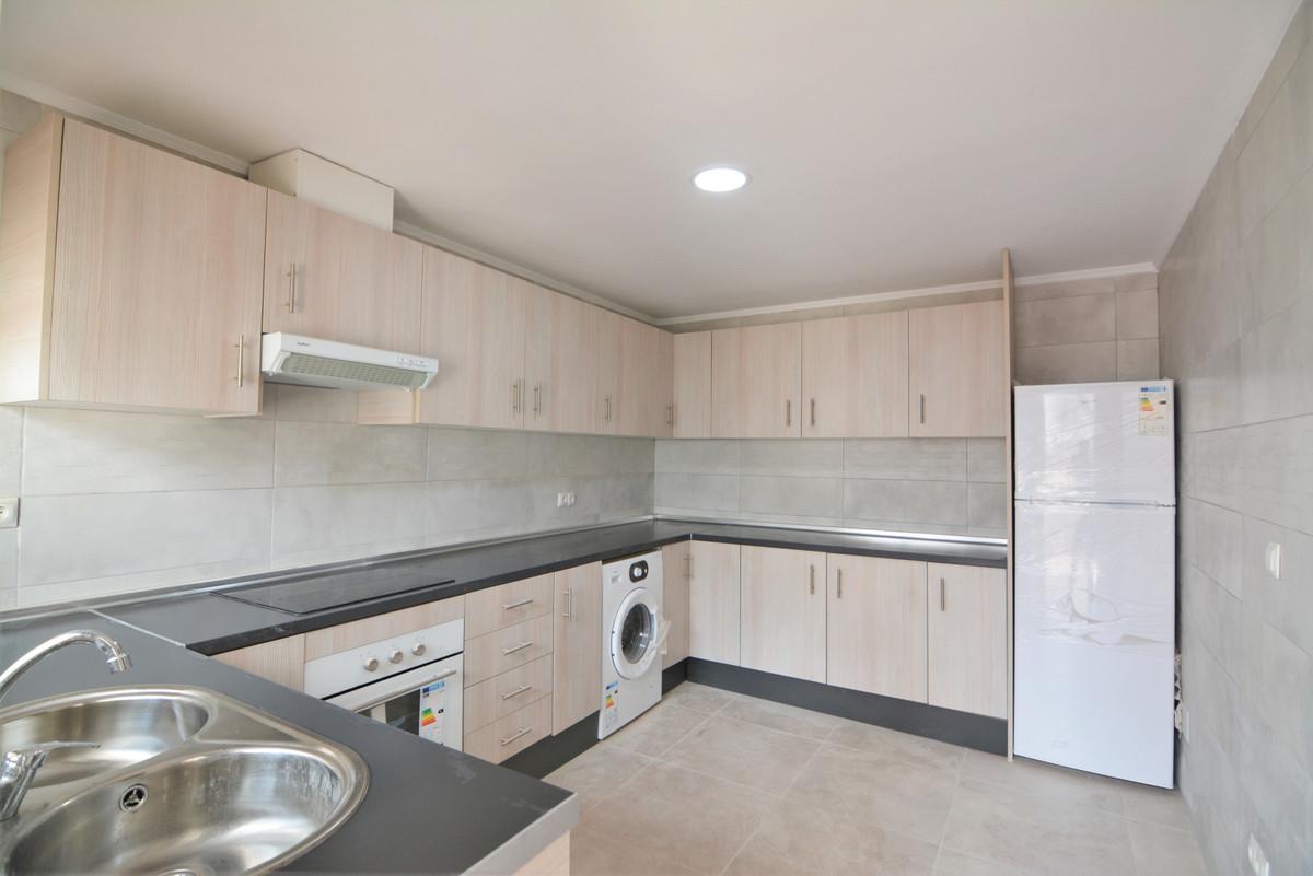 Apartment Middle Floor Las Lagunas Málaga Costa del Sol R3536620 7