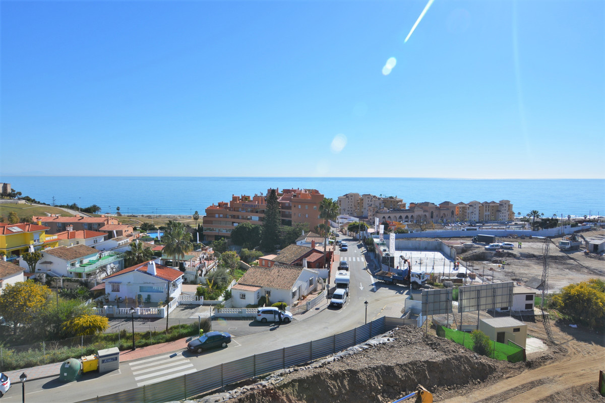 Middle Floor Apartment for sale in Fuengirola R3369751
