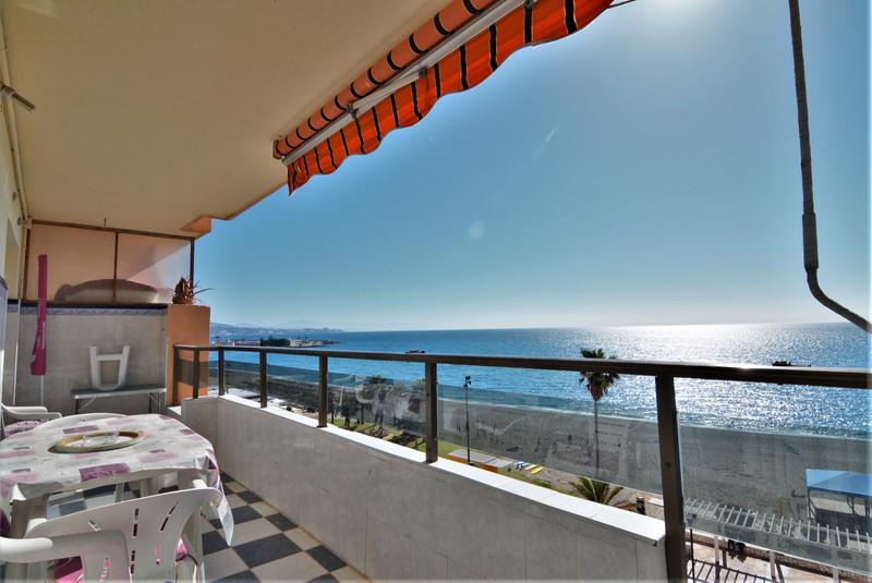 Marbella Banus Middle Floor Apartment a la venta, Fuengirola – R3411445