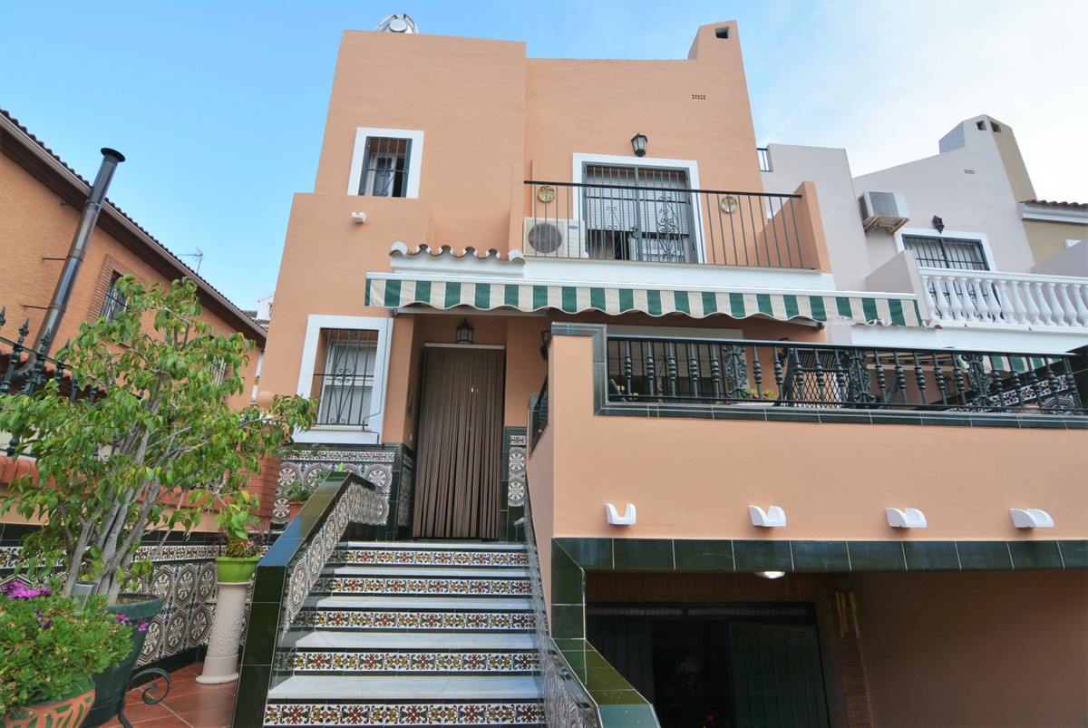 Beautiful corner house for sale, in Mijas, near the Aquatico Park.  The house consists of entrance, ,Spain