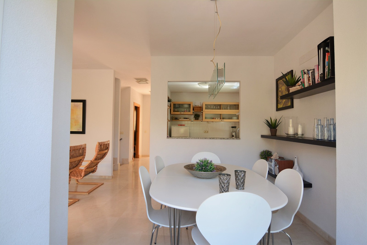 For sale beautiful duplex in Torreblanca. Magnificent area, very quiet, ideal for a family, 10 minut,Spain