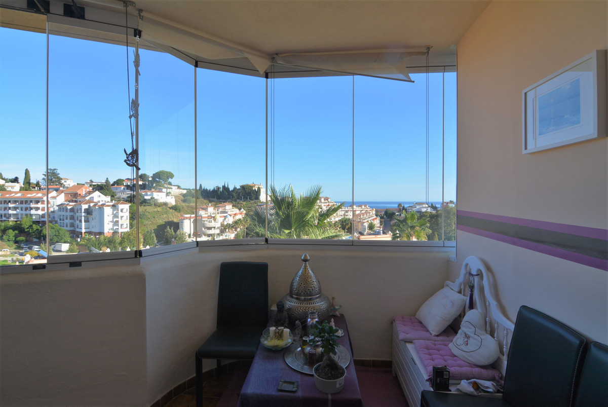 Middle Floor Apartment for sale in Fuengirola R3301372