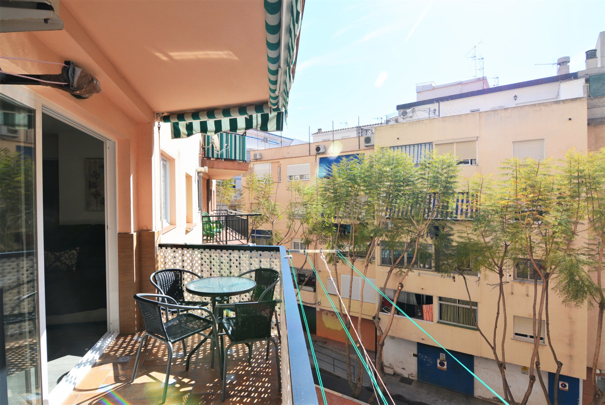 Beautifully done new apartment for sale in the heart of Fuengirola.  225,000€  Wonderful newly refur,Spain