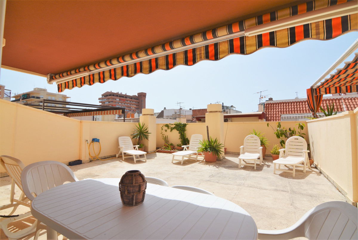Great apartment in a first line beach  complex in LOS BOLICHES orientation north and west sun in the,Spain