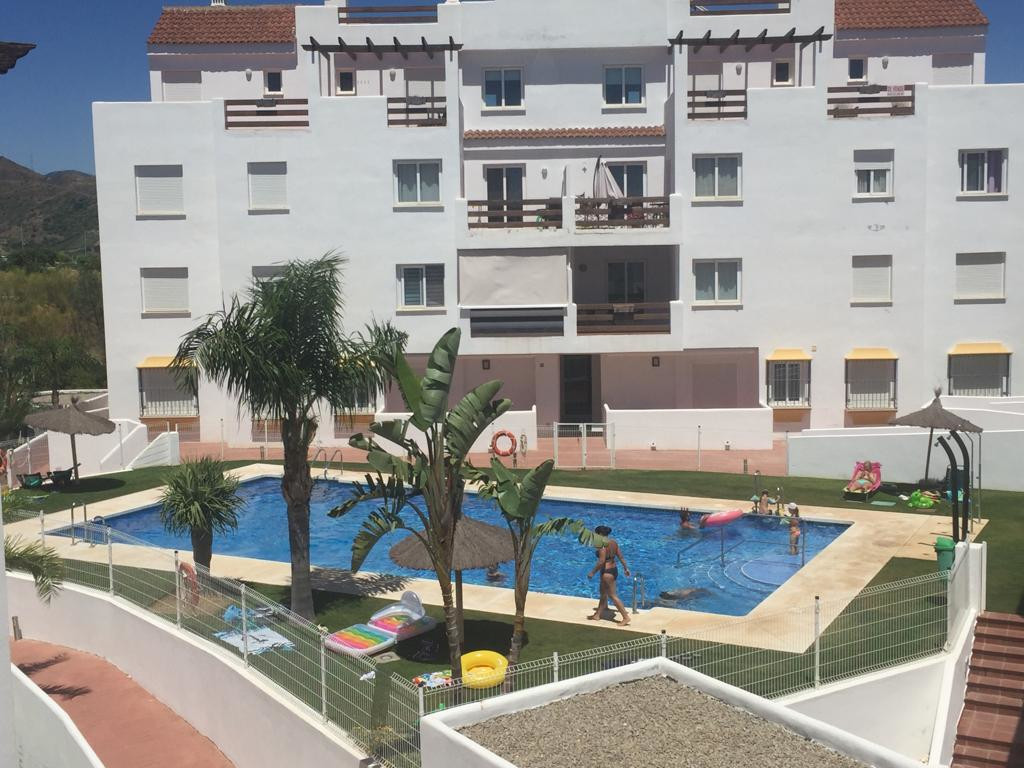 Valle Romano Apartment Penthouse offers views of the sea and is approximately 14 km from El Saladill,Spain