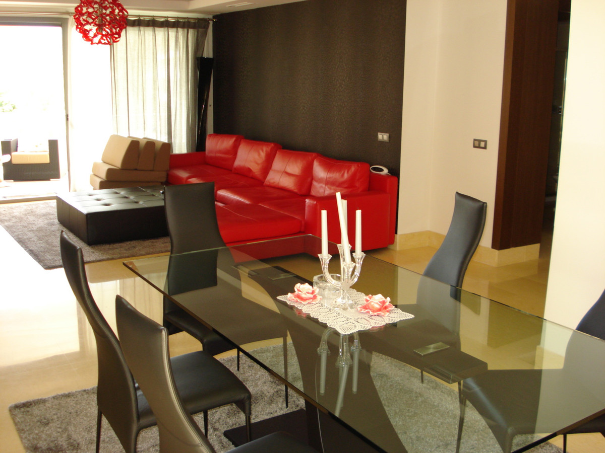 Marbella Banus Apartamento Planta Media en Venta en Benahavís – R3466516