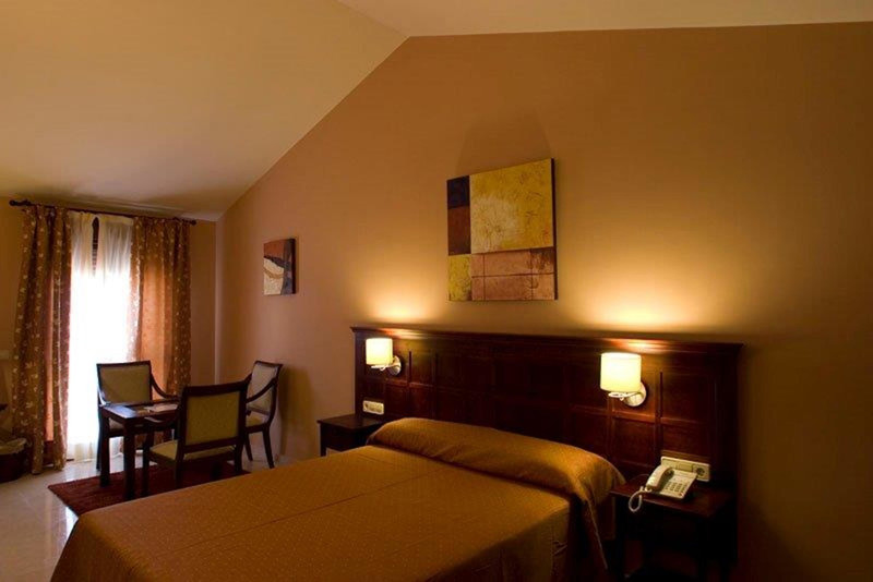 Hotel en venta en Ronda – R3508210