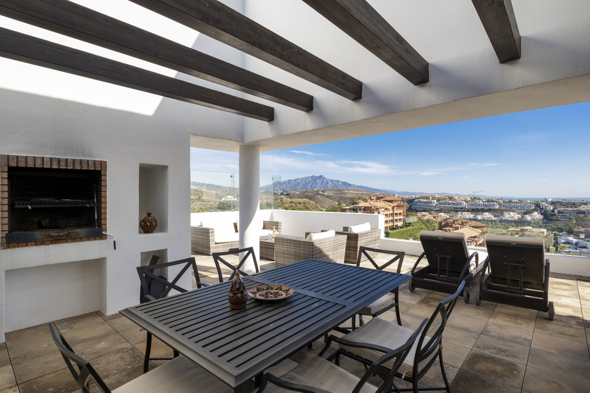"""Beautiful Penthouse with sea view, located in gated community """"Alanda Los Flamingos"""", Bena,Spain"""
