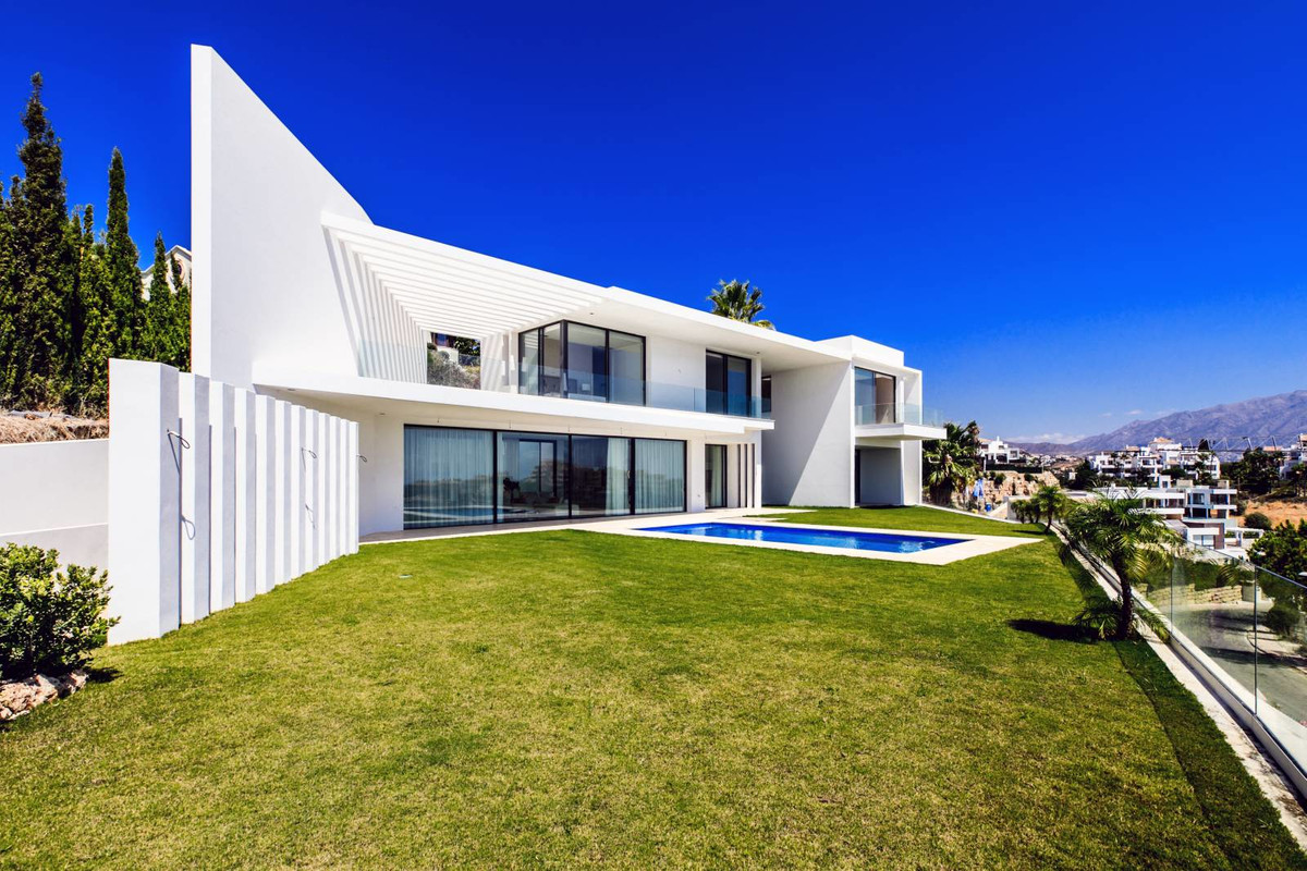A stunning new contemporary house with advanced design and technological features, located in a pres,Spain