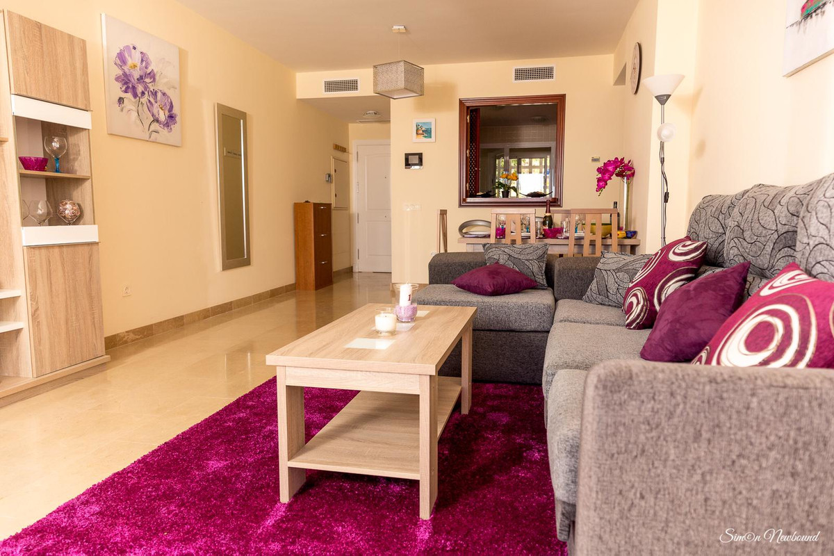 Contemporary spacious two beds apartment, located in Urb. Marina de la Alcaidesa. Fully furnished wi,Spain