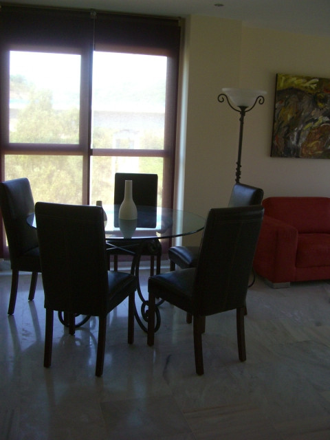 R2856047: Apartment for sale in Estepona