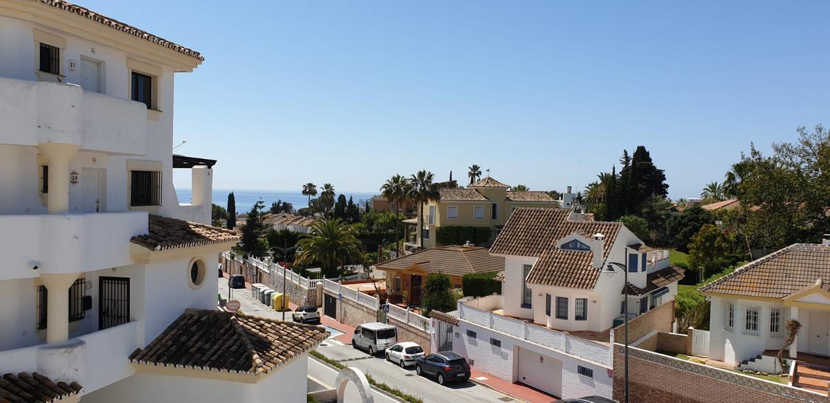 Marbella Banus Apartamento en Venta en Calahonda – R3849853