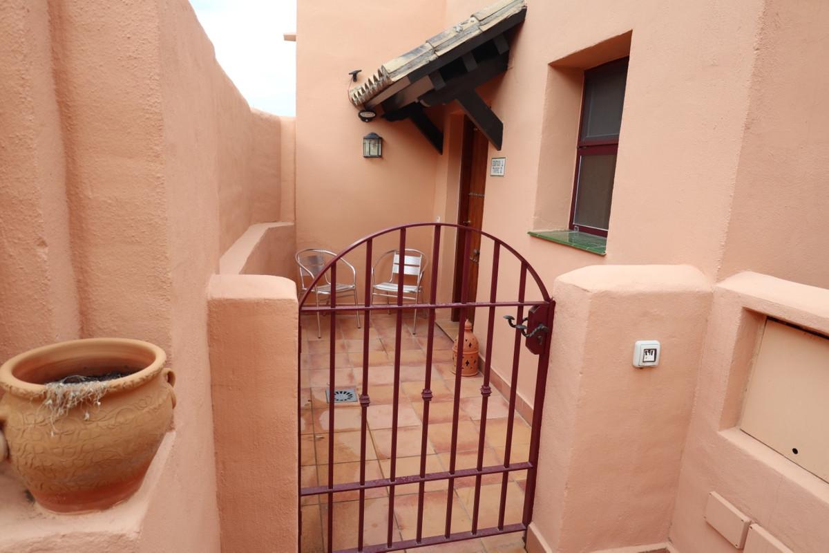 Marbella Banus Apartamento en Venta en Calahonda – R3922744