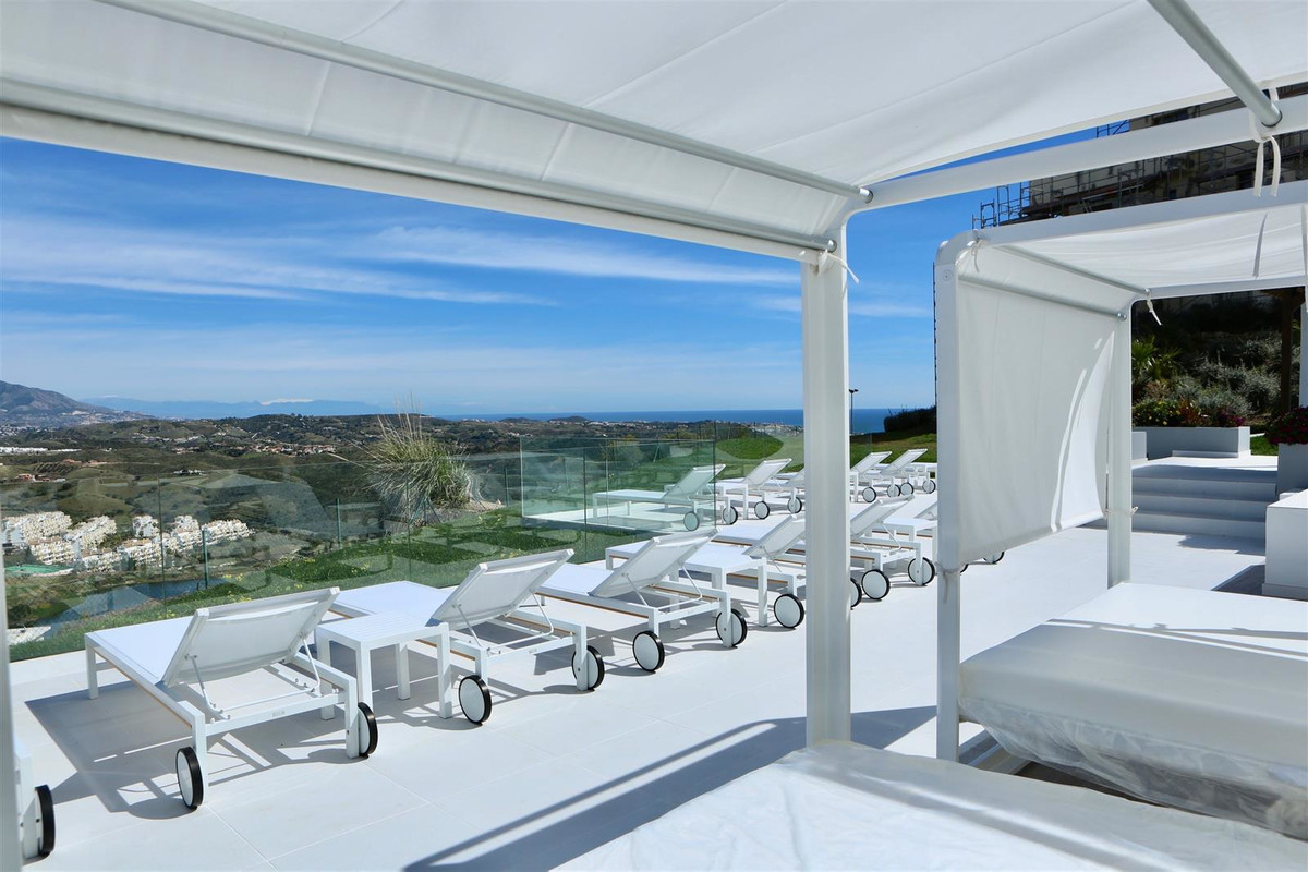Beautiful apartment on the ground floor of the luxury Resort, a few minutes from La Cala de Mijas, 2,Spain
