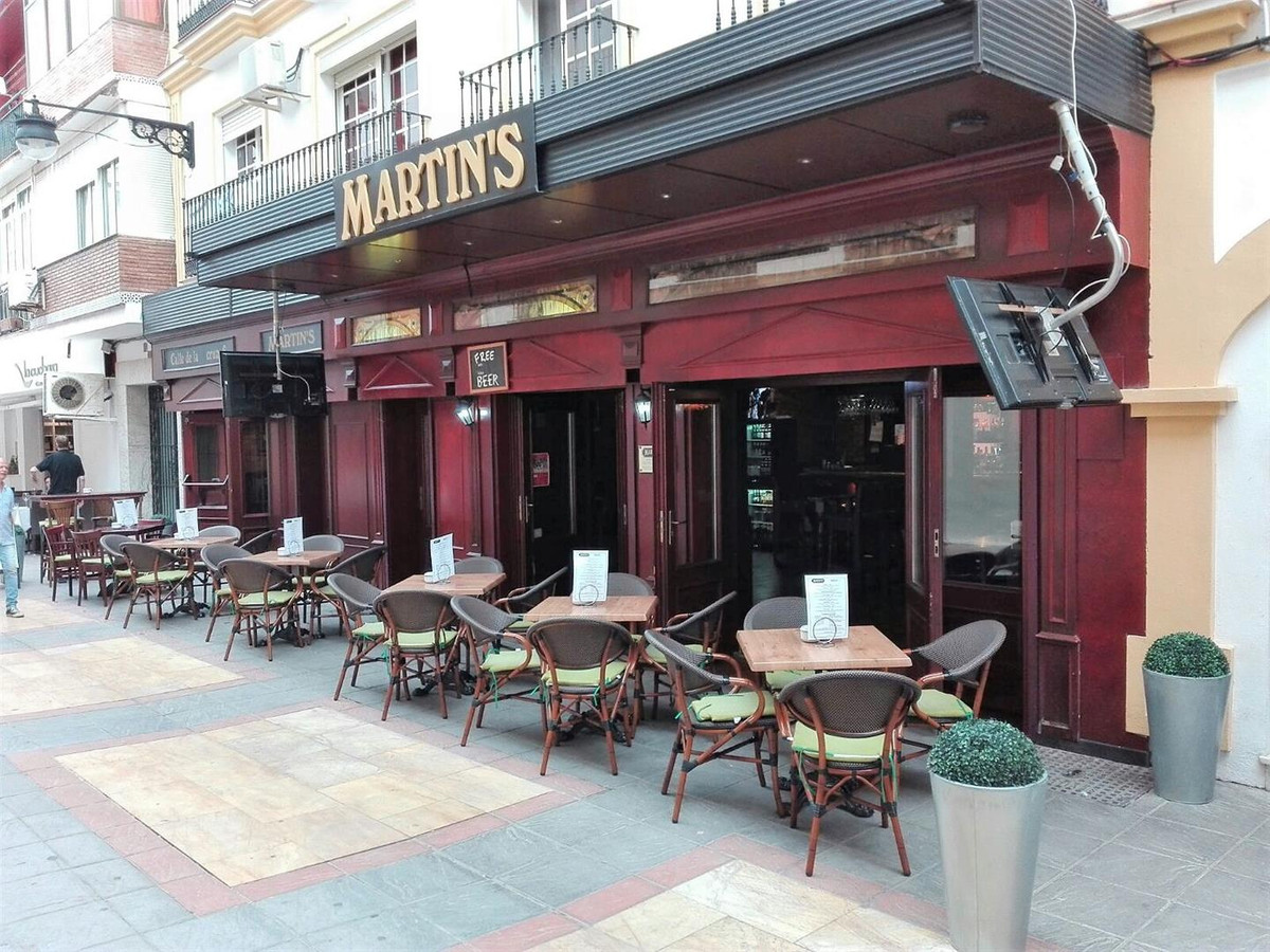 Commercial  Bar for sale   in Fuengirola