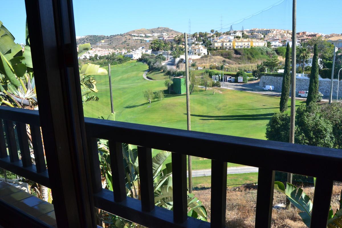 Townhouse in Riviera del Sol R3432466