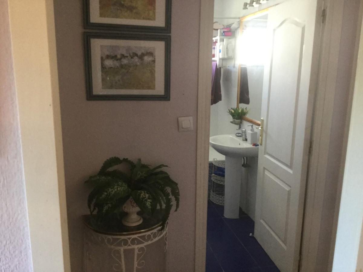 Apartamento en Venta en Calahonda – R3466141