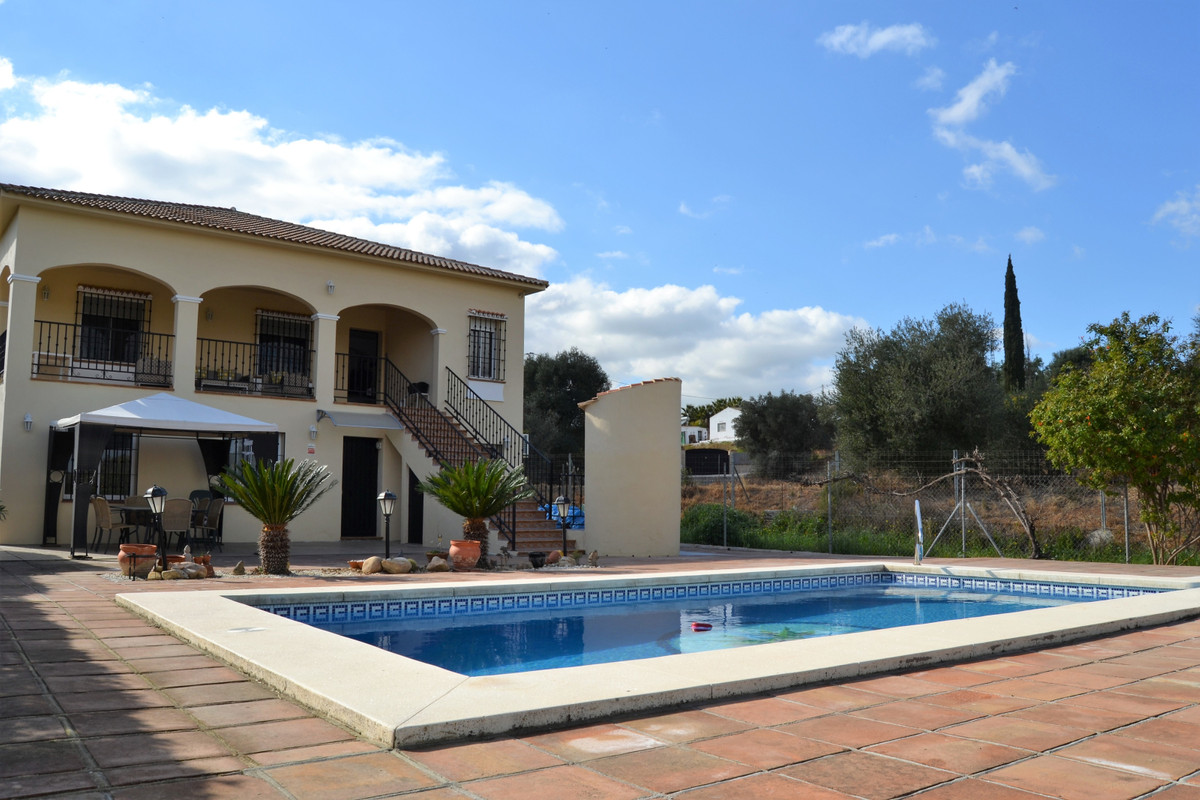 5 bedroom villa for sale alhaurin el grande