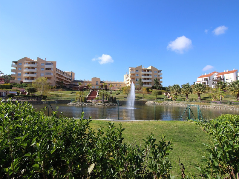 Apartment in Alhaurín de la Torre R1950585 18