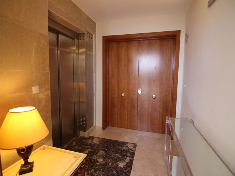 Apartment in Alhaurín de la Torre R1950585 6