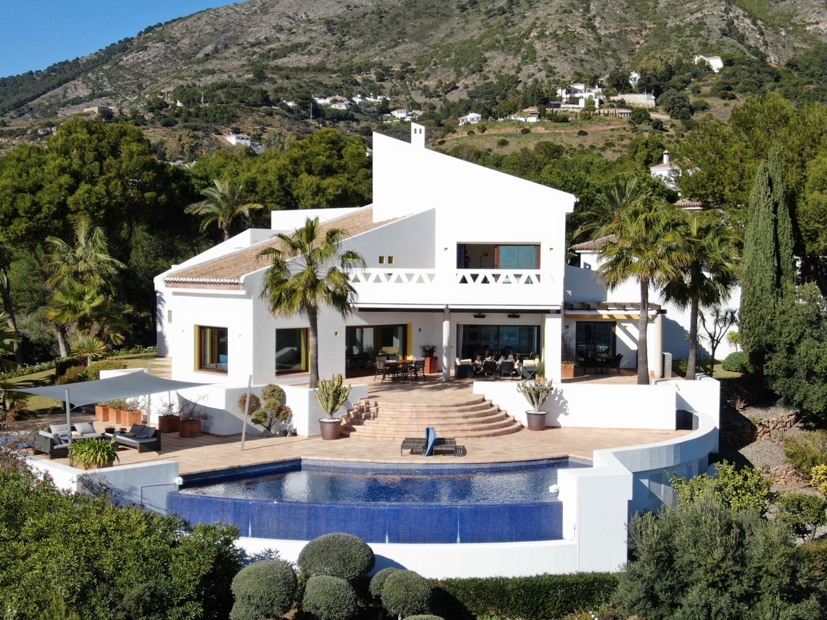Spectacular Villa with panoramic views of the sea and mountains, built on a 4000 m² plot. (Included ,Spain