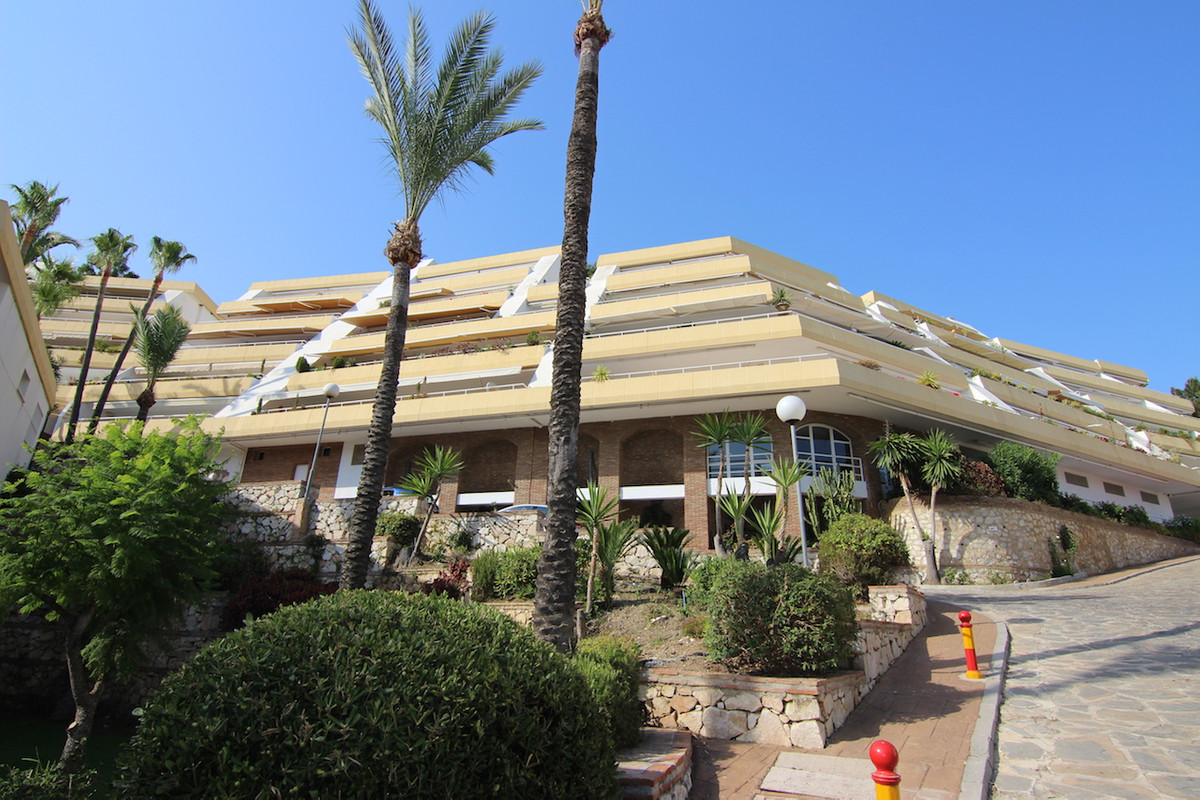 Really good apartment in Torrequebrada Benalmadena costa, situated at a very good location near beac,Spain