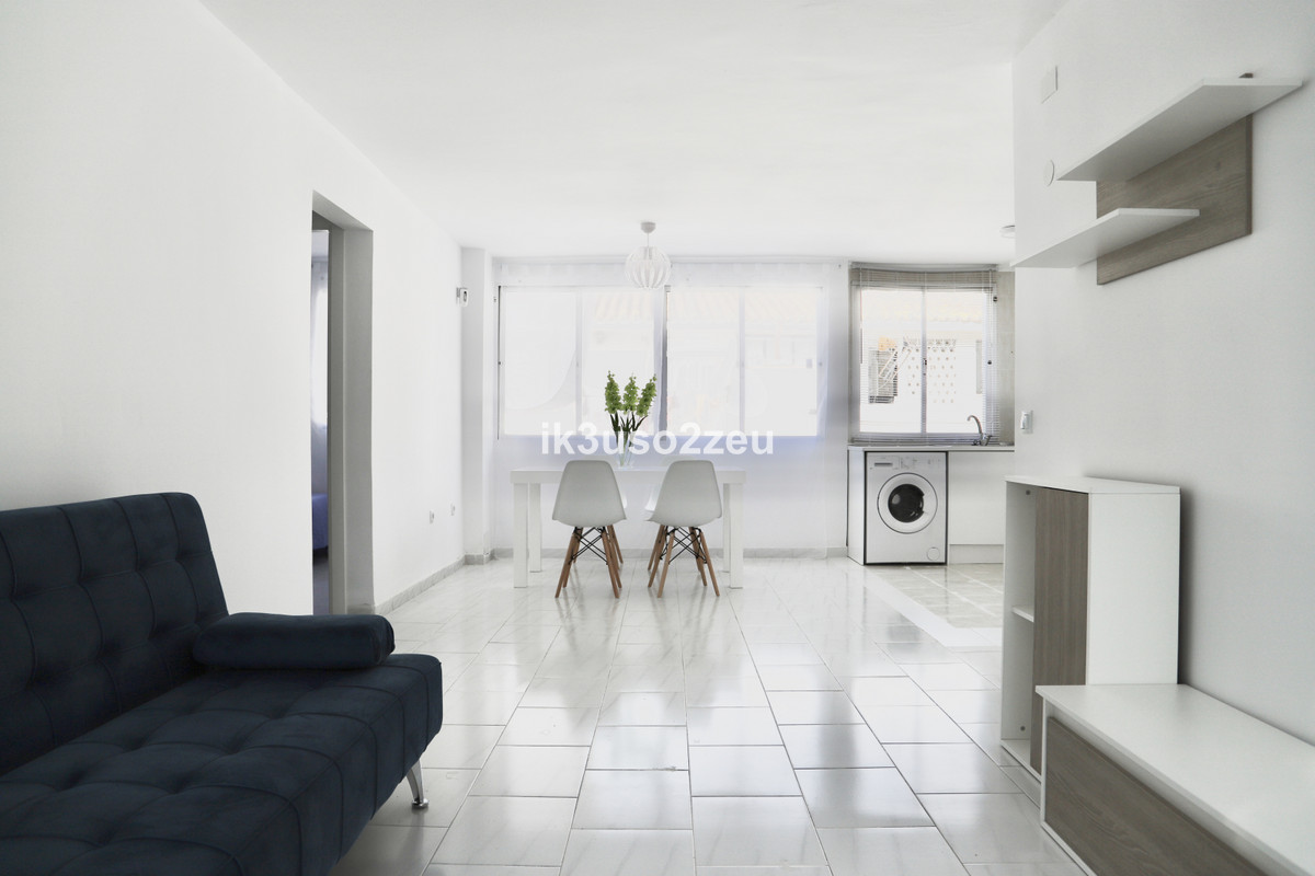 Marbella Banus Apartamento Planta Media en venta en La Campana – R3568414