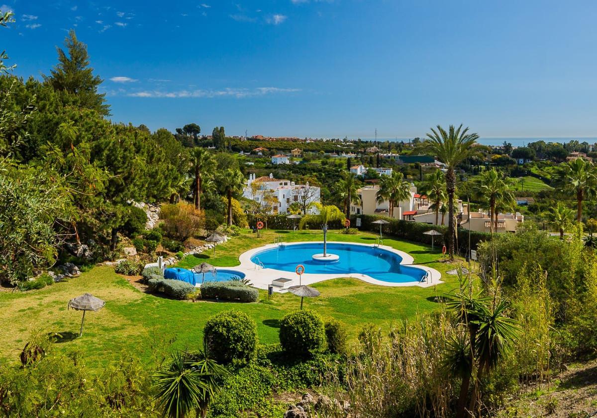 Marbella Banus Apartamento en Venta en Selwo – R3880474