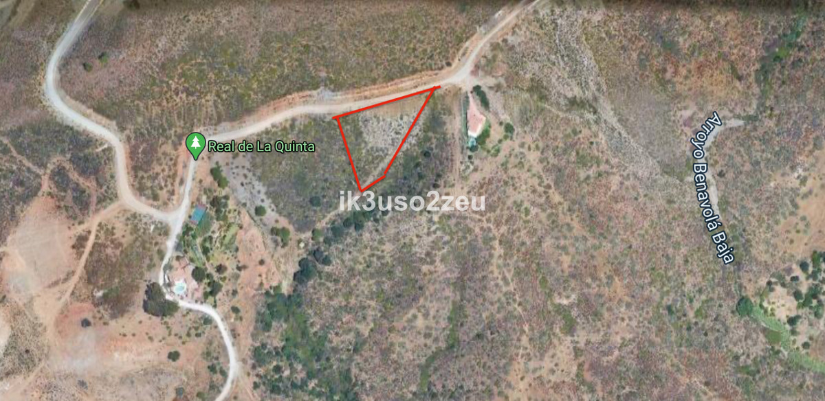 Great plot in El Real de la Quinta area with magnificent views to the sea, mountains, and Istan Lake,Spain