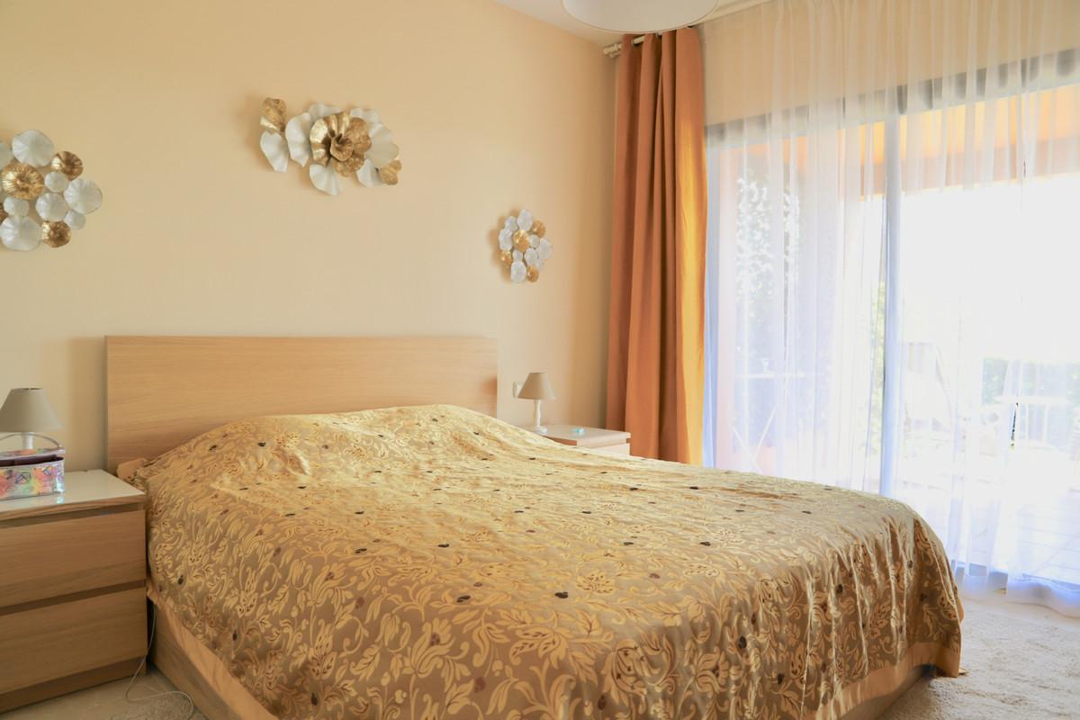 Apartamento Planta Baja en Venta en Atalaya – R3475762