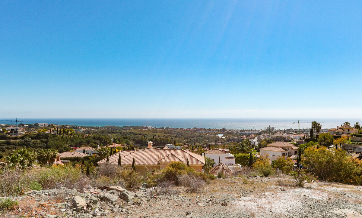 Currently the best plot for sale in Los Flamingos, offering 360º Panoramic views onto the sea, mount, Spain
