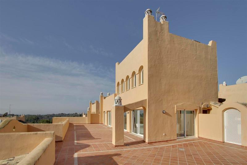Penthouse in Elviria