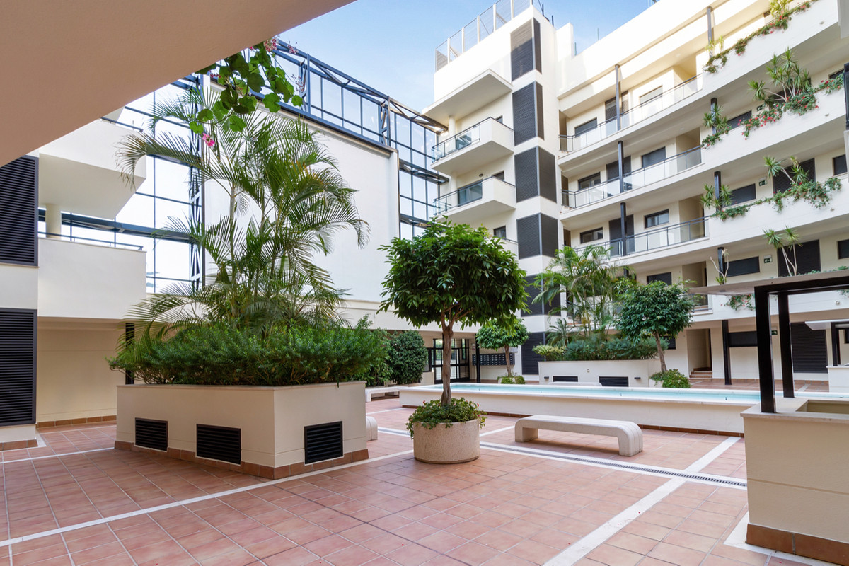 3 Bedroom Ground Floor Apartment For Sale New Golden Mile