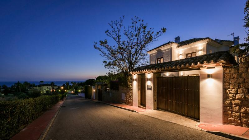 Se vende Villa – Chalet, Sierra Blanca – R2893277