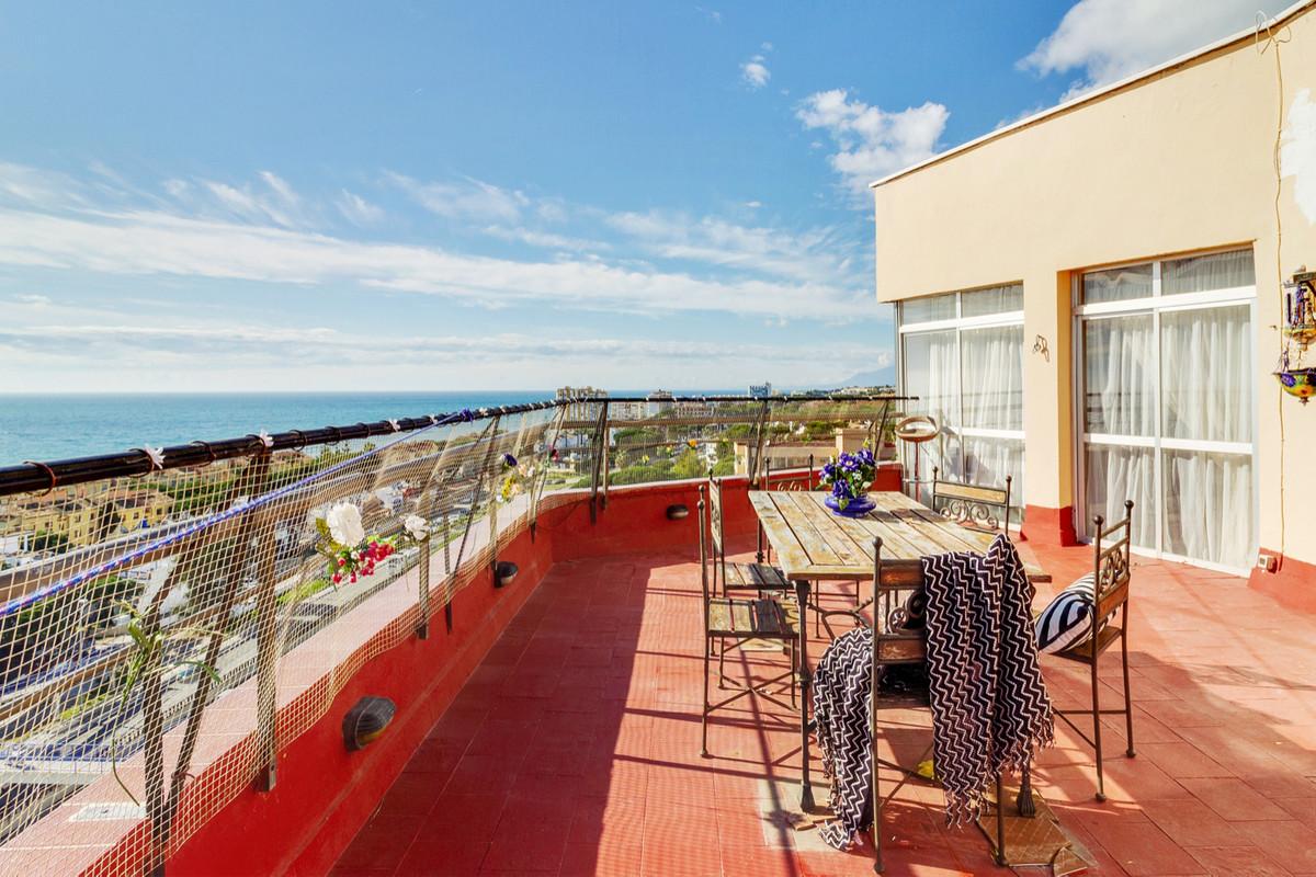 Appartement  Penthouse en vente   à Calypso