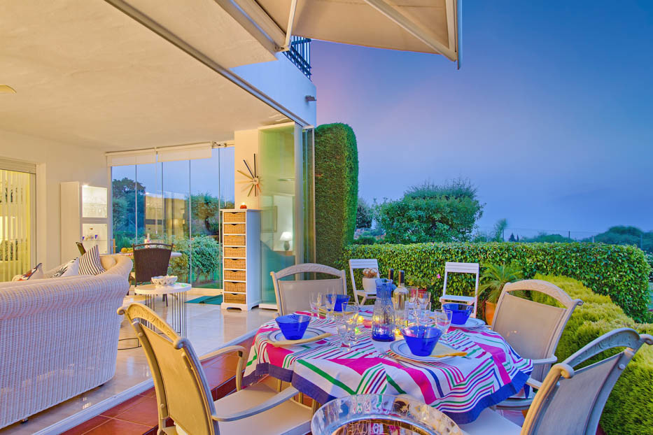 A MUST see property! Its like living in a private villa! Unique apartment for sale in la Mairena, a ,Spain