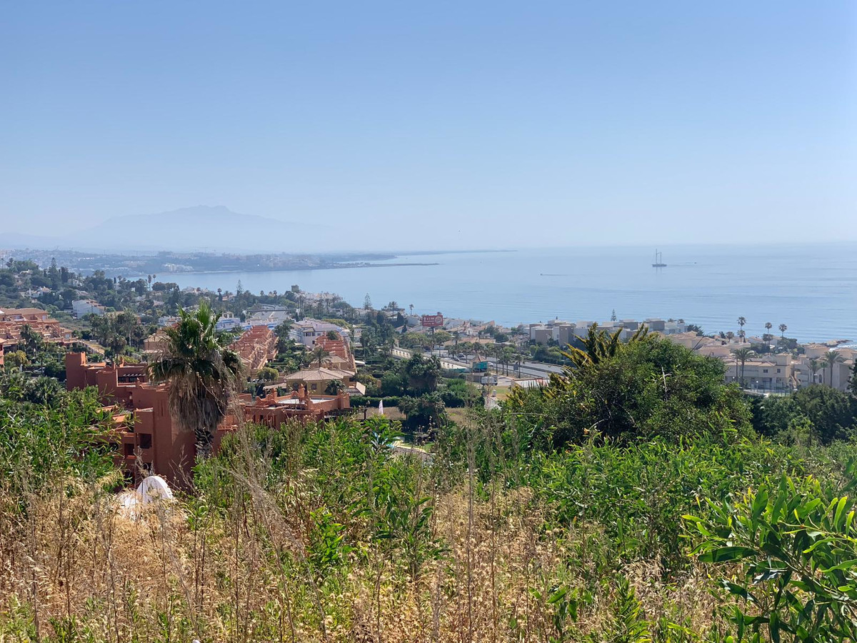 Plot/Land for sale in Estepona