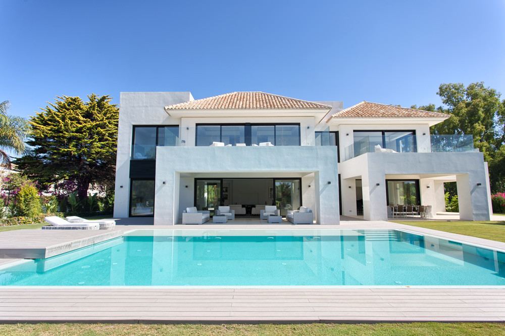Spacious new built contemporary villa located in a quiet residential area close to the beach. South ,Spain