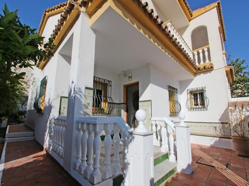 Sabinillas Villas 1