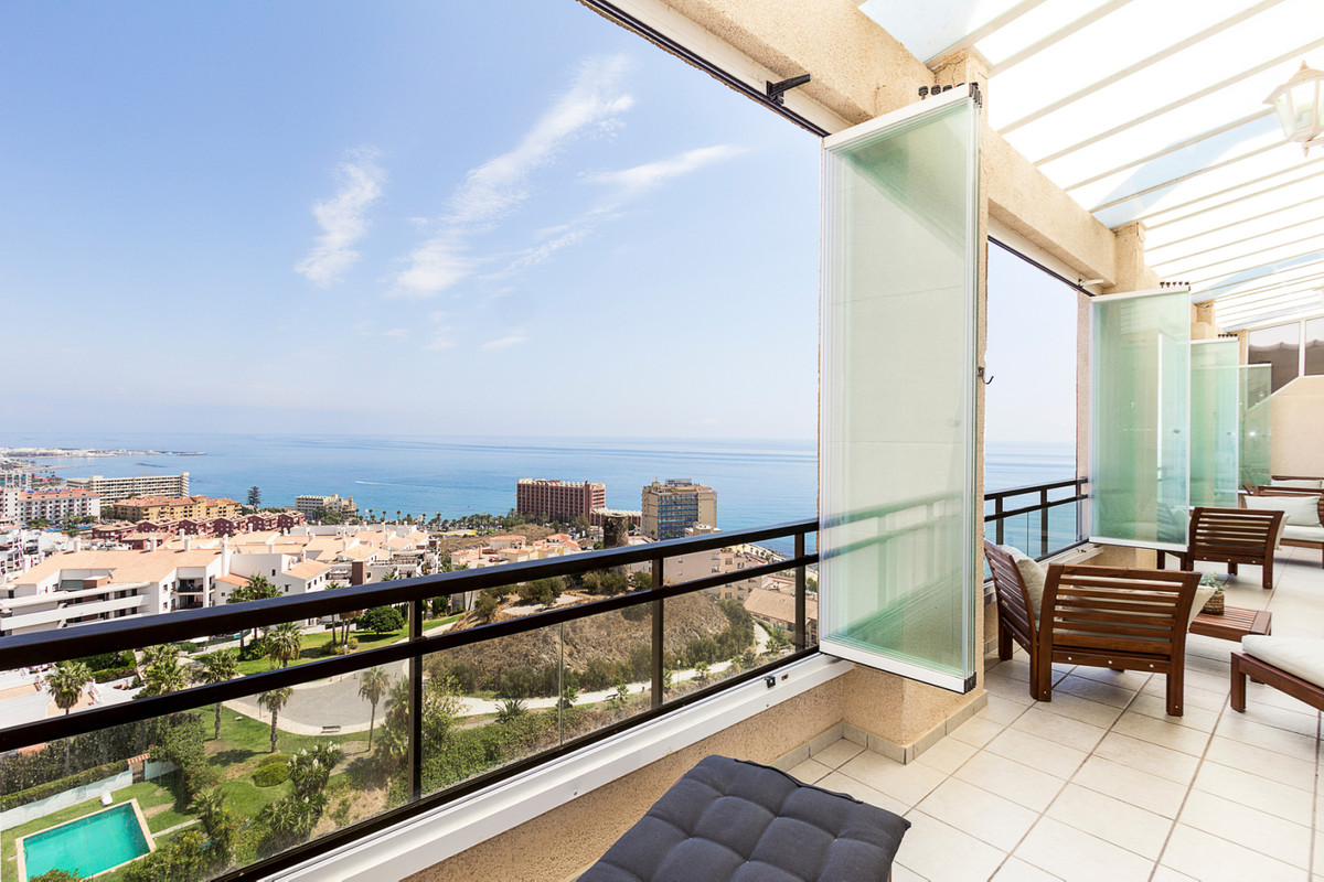 Huge penthouse with spectacular views walking distance to the beach.  This stunning penthouse is set, Spain