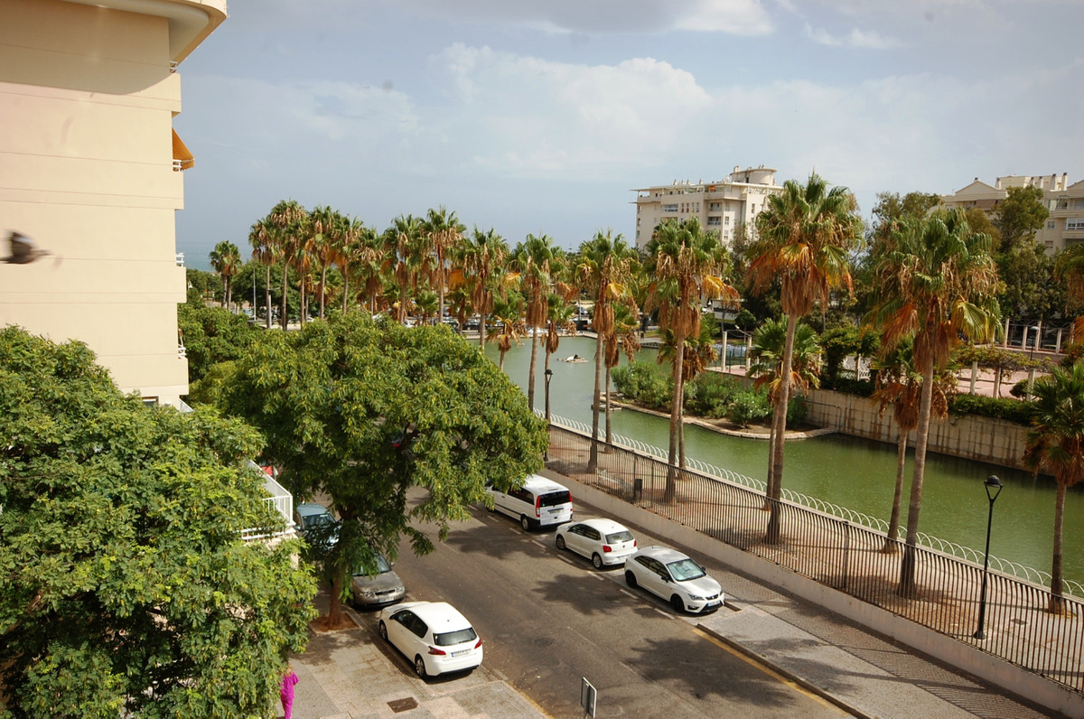 Fantastic apartment 100 meters from the beach in Malaga. 68m², has 2 bedrooms, 1 bathroom, large liv, Spain