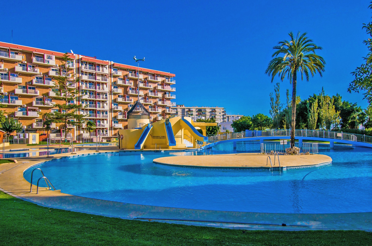 Nice Studio for sale in Minerva, Gamonal, Benalmadena Costa. 37m², renovated, equipped, living room,, Spain