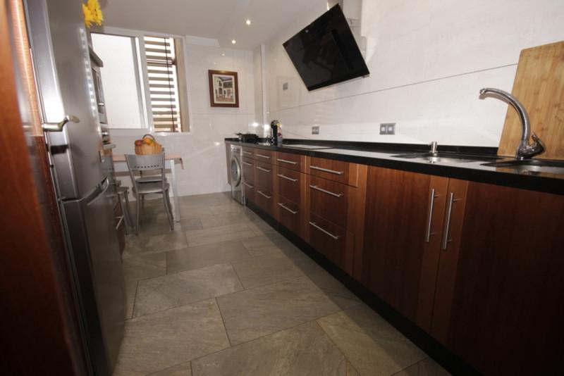 Middle Floor Apartment in Carretera de Cadiz