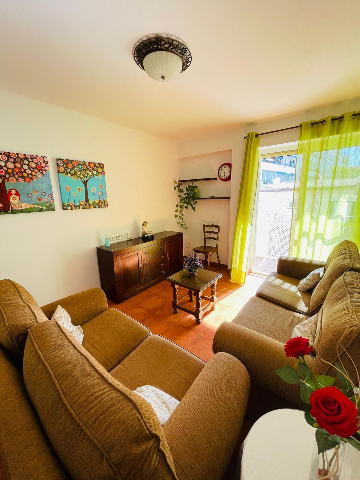 Marbella Banus Apartamento en Venta en San Pedro de Alcántara – R3845344