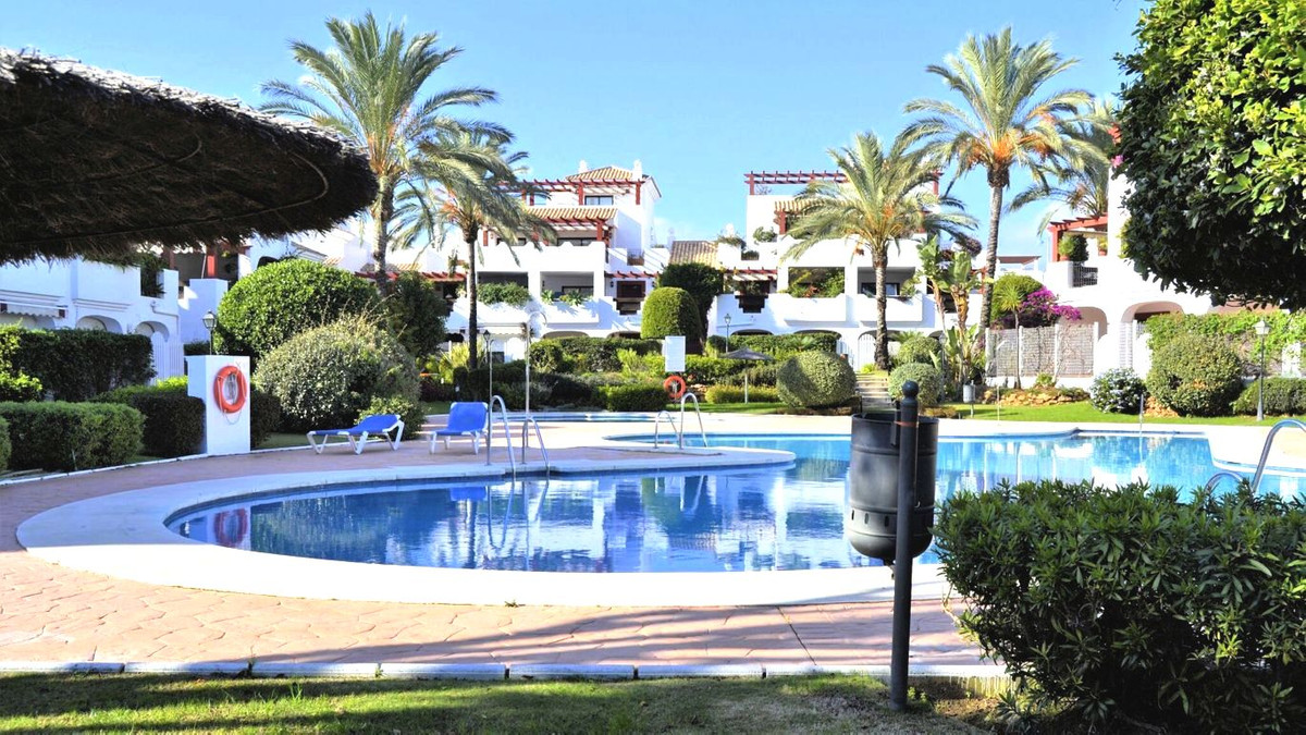 El Noray, San Pedro, Apartment  Apartment in San Pedro in 2nd line of the beach Wonderful apartment , Spain