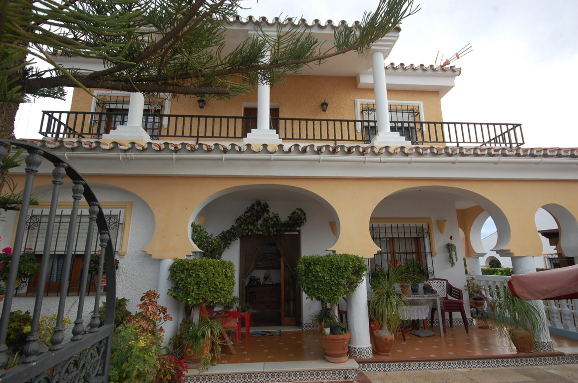 Rincon de la Victoria, Malaga East, independent  Opportunity, detached house in Rincon de la Victori, Spain