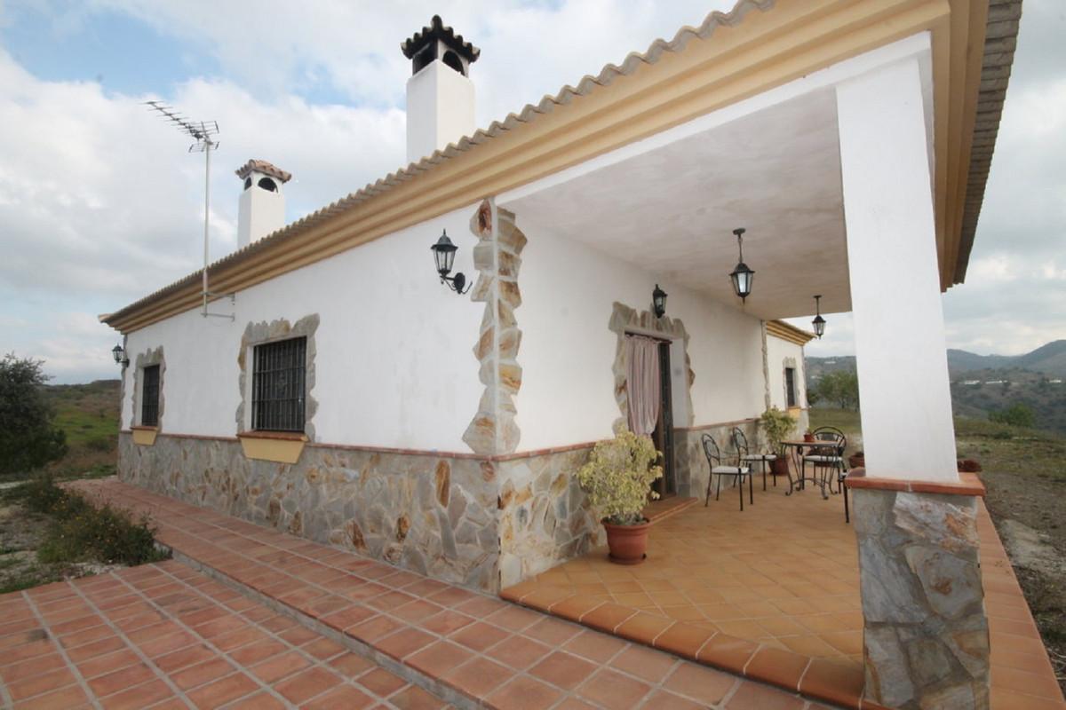 Detached Villa, Almogia, Costa del Sol. 3 Bedrooms, 1 Bathroom, Built 170 m², Garden/Plot 60000 m². ,Spain